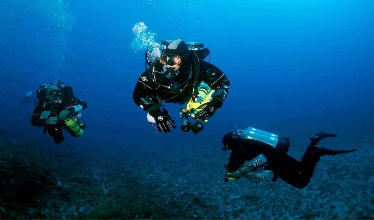 Three tech divers